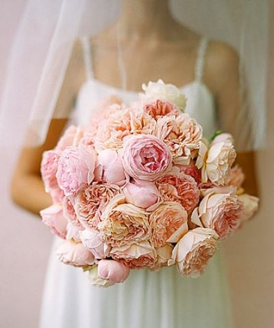wedding bouquet pink roses